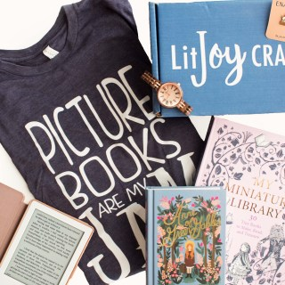 Gift Guide for the Book Nerd Mom