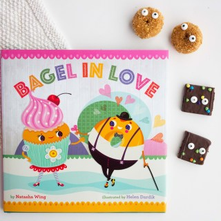 """Bagel in Love"" with Snack Idea"