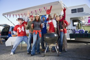 Tailgating Football Fans --- Image by © Don Mason/Corbis