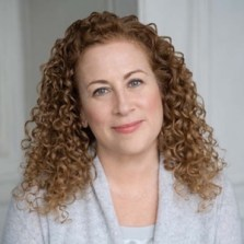 jodi picoult photo 2018 Authors Dish with New York Times Bestselling Author Jodi Picoult, Geri Krotow, and Kelly Maher