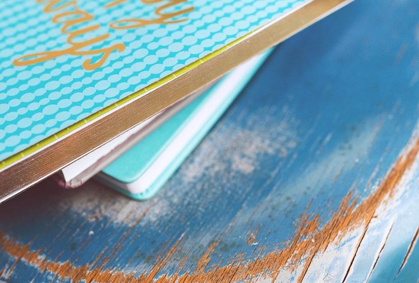 stara niebieska książka