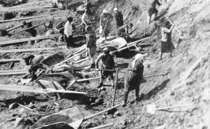 Forced labor in a Soviet Gulag