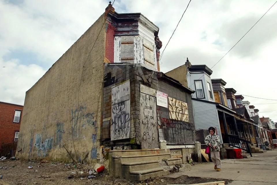 Inner city southside neighborhood chicago