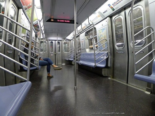 empty-subway-car