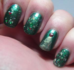 Gothic Gala Lacquers - Holiday Leaves with Alchemy Lacquers - Gilded Holly and Jindie Nails - Through the Eyes of a Child