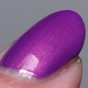 Blue Eyed Girl Lacquer - Wanna Fall In Love Tonight (Macro)