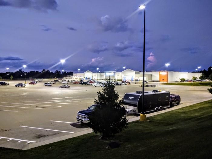 overnight parking at walmart