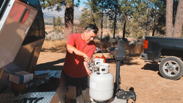 how long will a propane tank last while boondocking