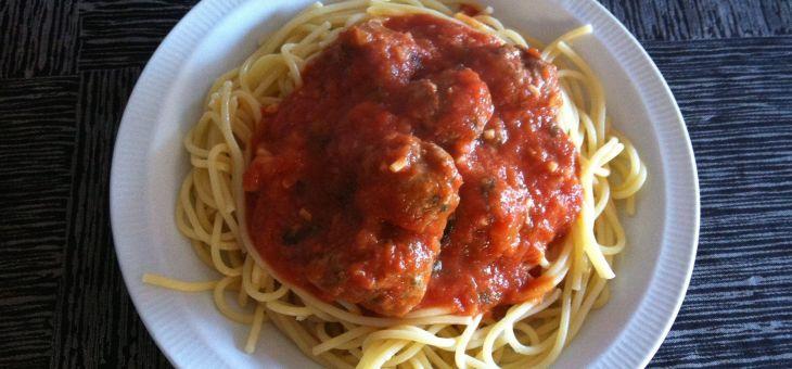 Mandonguilles amb espaguetis