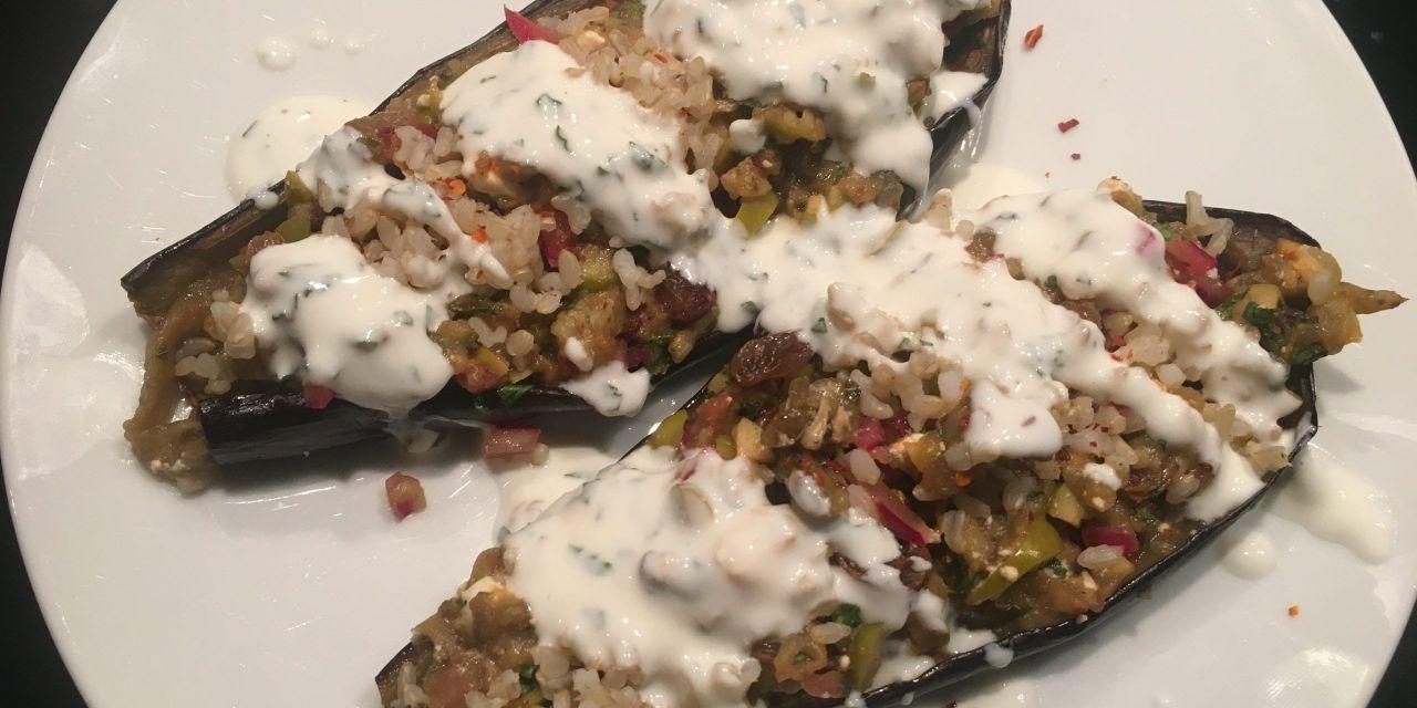 Albergínies amb chermoula, bulgur i iogur