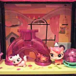 Littlest Pet Shop Fun Room