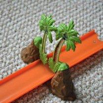 Hot Wheels Track Builder Volcano Blast - Palm tree stunt