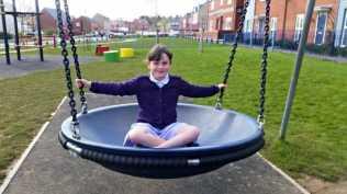 Play Park Fun {#CountryKids} - Bucket Swing