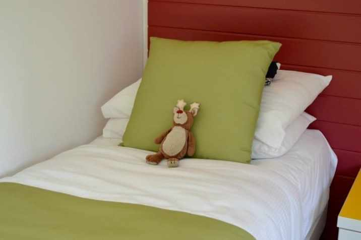 butlins-minehead-seaside-apartment-twin-room-housekeeping