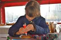 chessington-winters-tail-roo-decorating-cookie