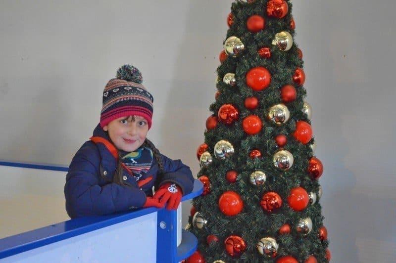 drayton-manor-magical-christmas-slide-glide-roo