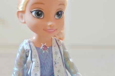 Frozen Northern Lights Elsa Doll - Close up