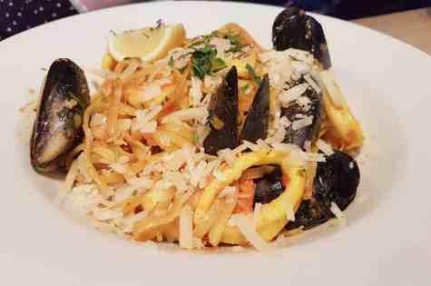 Fish House - Mussels, calamari, prawn and scallop linguine