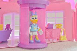Minnie Mouse's Happy Helpers House and Office - Lift