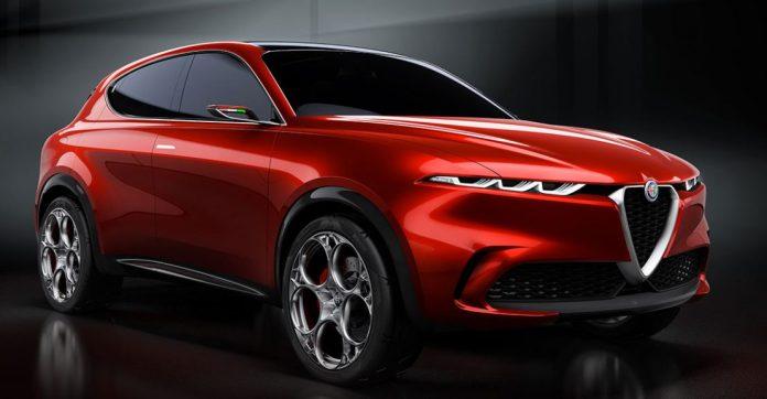 Alfa Romeos administerende direktør siger, at han ikke sælger iPads med biler rundt om dem - derfor skærer mærket ned på antallet af skærme i kabinen.