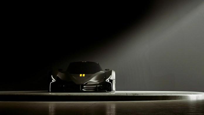 Den 1. november præsenterer græske SP Automotive deres 'ultracar' Chaos. Den har V10-motor, op til 3.000 hestekræfter og kan køre 500 km/t.