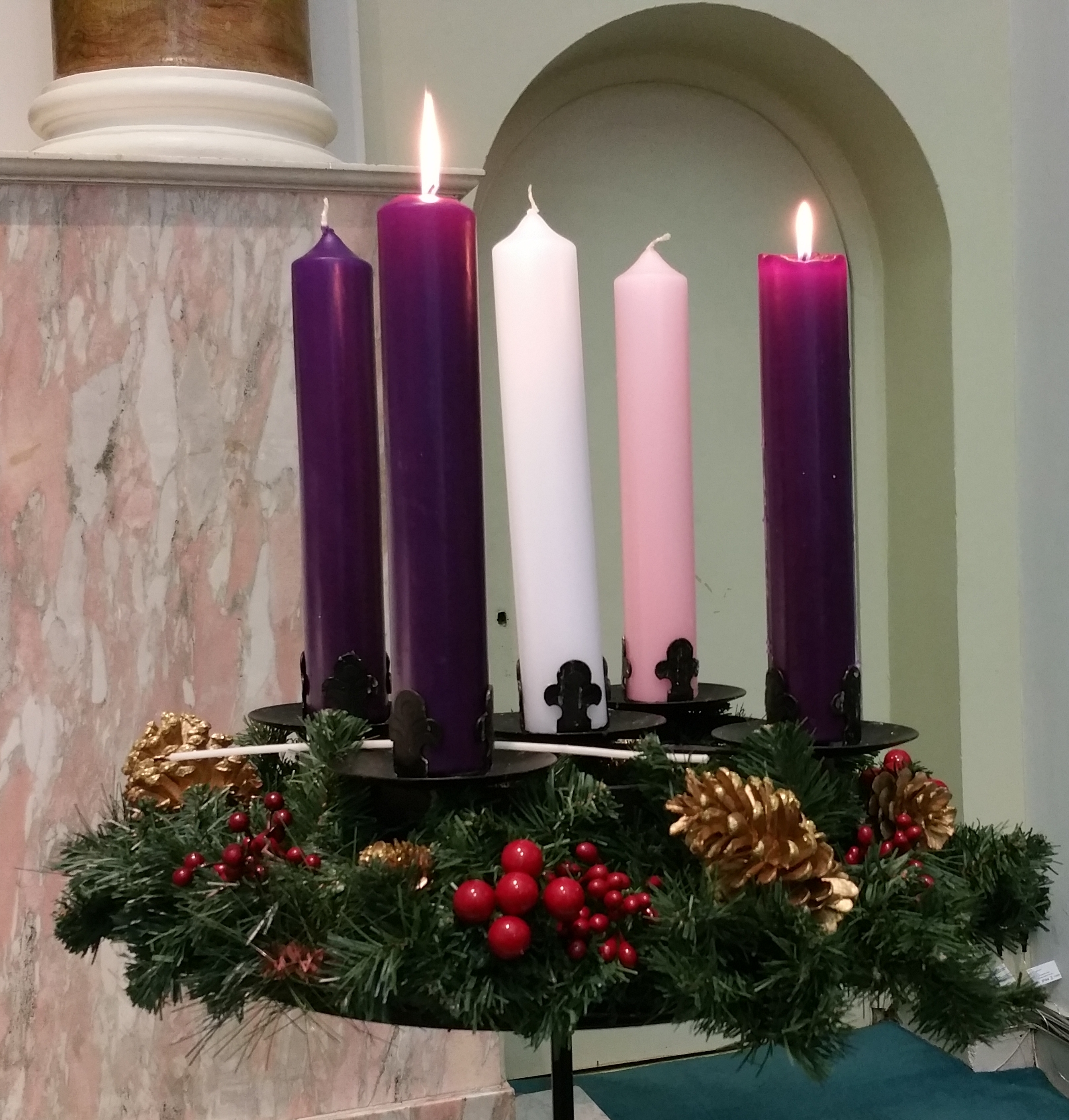 advent wreath for week 2 parish of the assumption. Black Bedroom Furniture Sets. Home Design Ideas