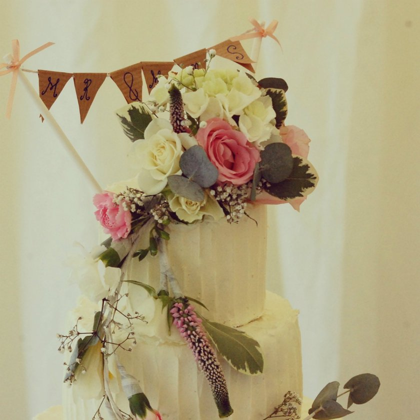 Bunting rustic wedding cake
