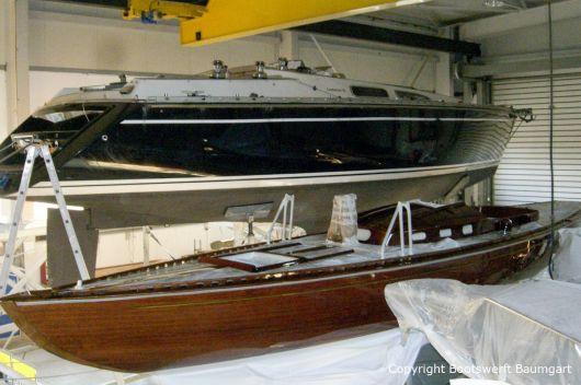 Comfortina 38 Segelyacht in der Werfthalle der Bootswerft Baumgart in Dortmund