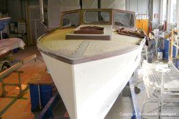 Lackiervorbereitungen bei der Rapsody 29 in der Werfthalle der Bootswerft Baumgart in Dortmund