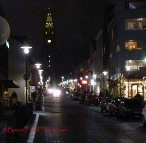Hallgrimskirkja at night (?) or maybe morning
