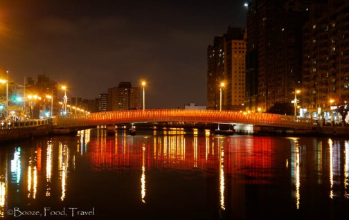 Tainan bridge night