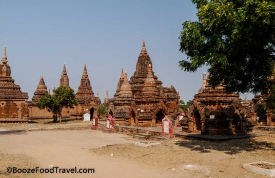 Pagodas sans tourists