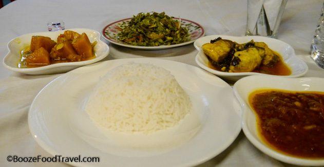 Myanmar dinner