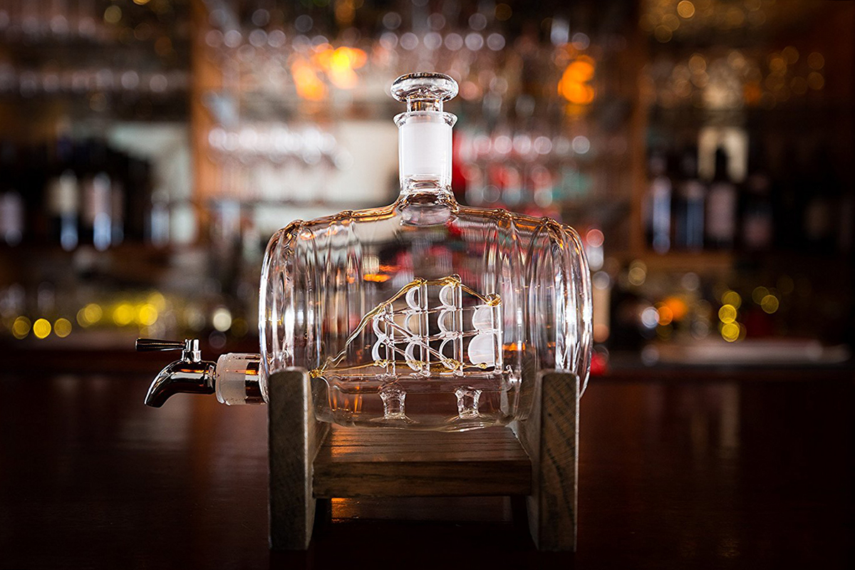 6 Unique Whiskey Decanters to Give This Holiday Season