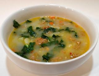 Sausage, Potato and Kale Soup (aka Zuppa Toscana)