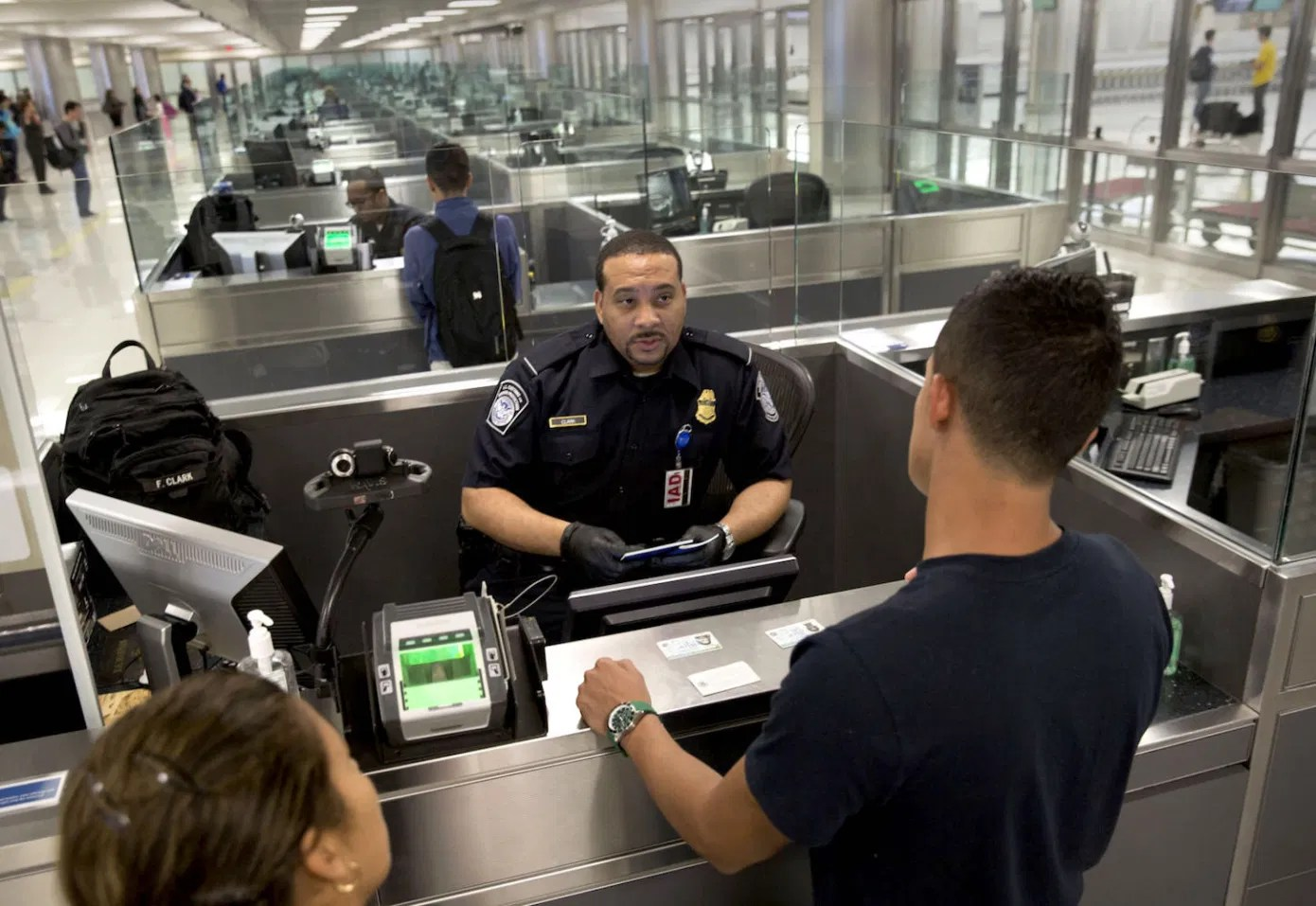 """You are currently viewing """"Let in the good and keep out the bad"""" – Bordering and othering at the U.S port of entry"""
