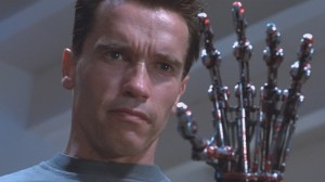 t2-arnold-cyborg-arm-291644