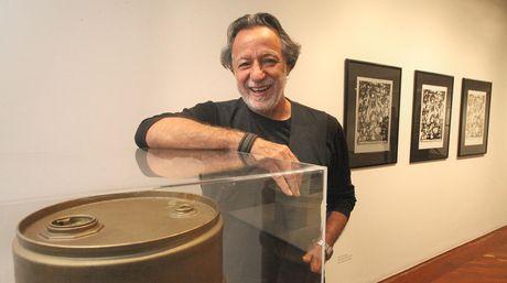 Rolando Peña, curaduría, exposición Pop Art.