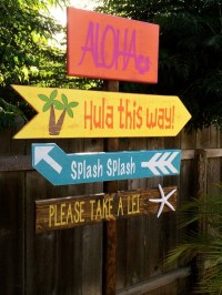 40 Affordable And Creative Hawaiian Party Decoration Ideas ...