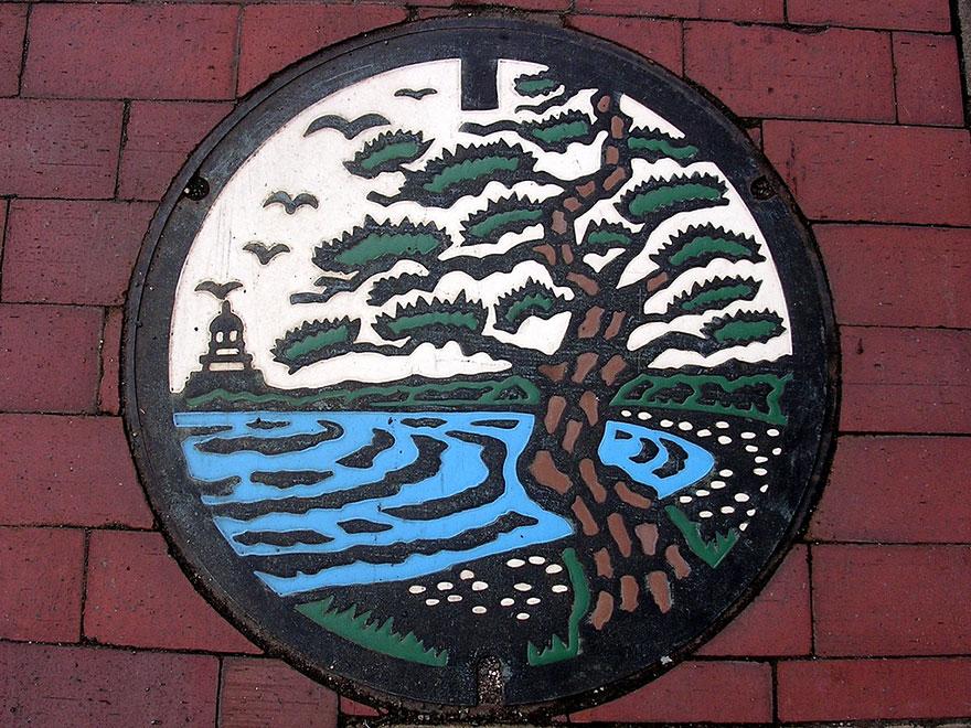 japanese-manhole-covers-16