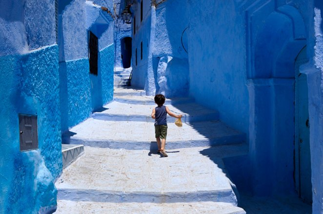 blue-streets-of-chefchaouen-morocco-12