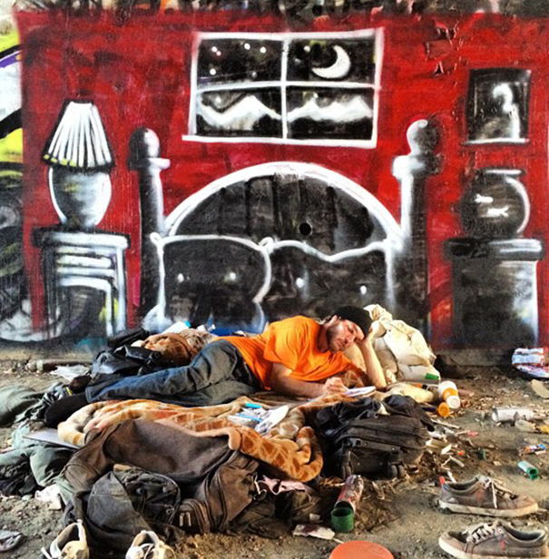 homeless-man-art-interactive-9