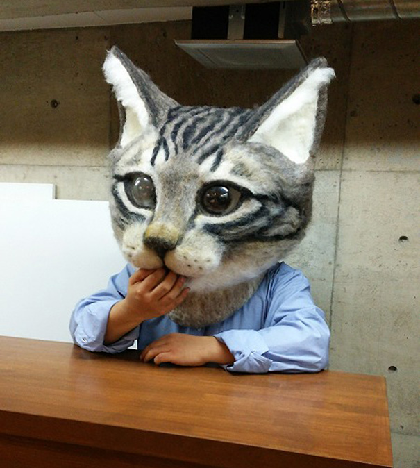cabeza-gigante-gato-fieltro-housetu-sato-japan-school-wool-art (7)