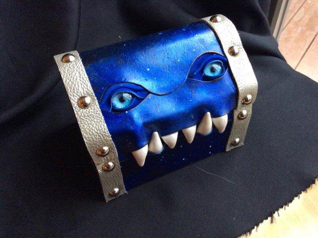 cajas-monstruos-fantasia-workshop-fine-line-mellie-z (3)
