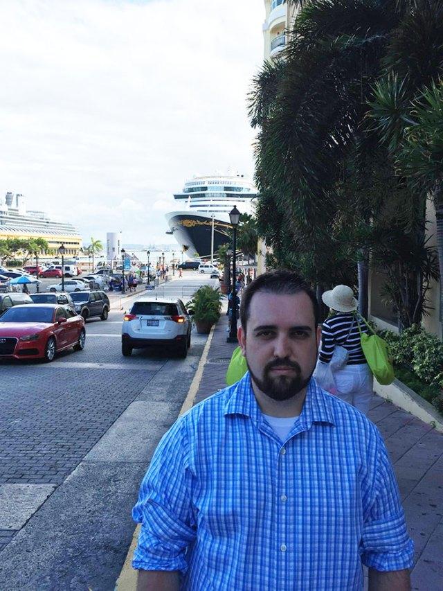 hombre-viaja-sin-esposa-no-tiene-diversion-en-puerto-rico (3)