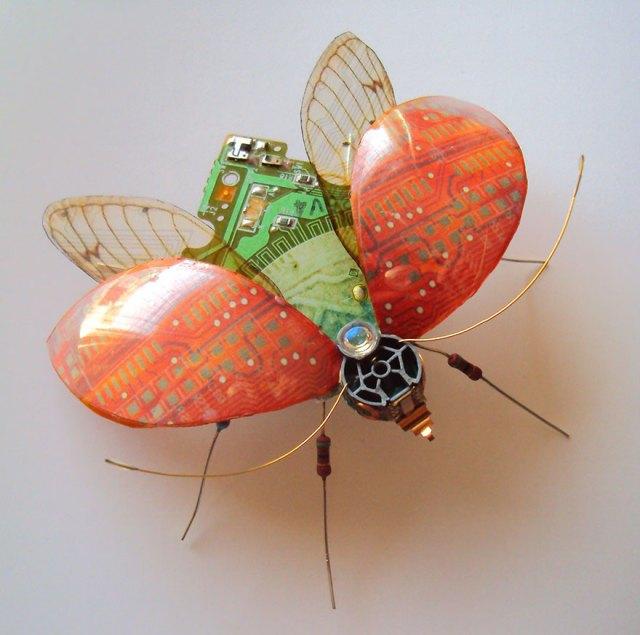insectos-alados-componentes-electronicos-julie-alice-chappell (17)