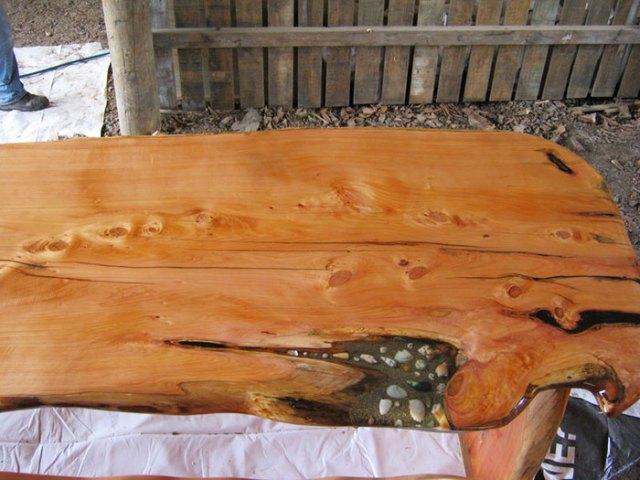 incrustaciones-transparentes-mesas-madera-wooden-by-design (8)