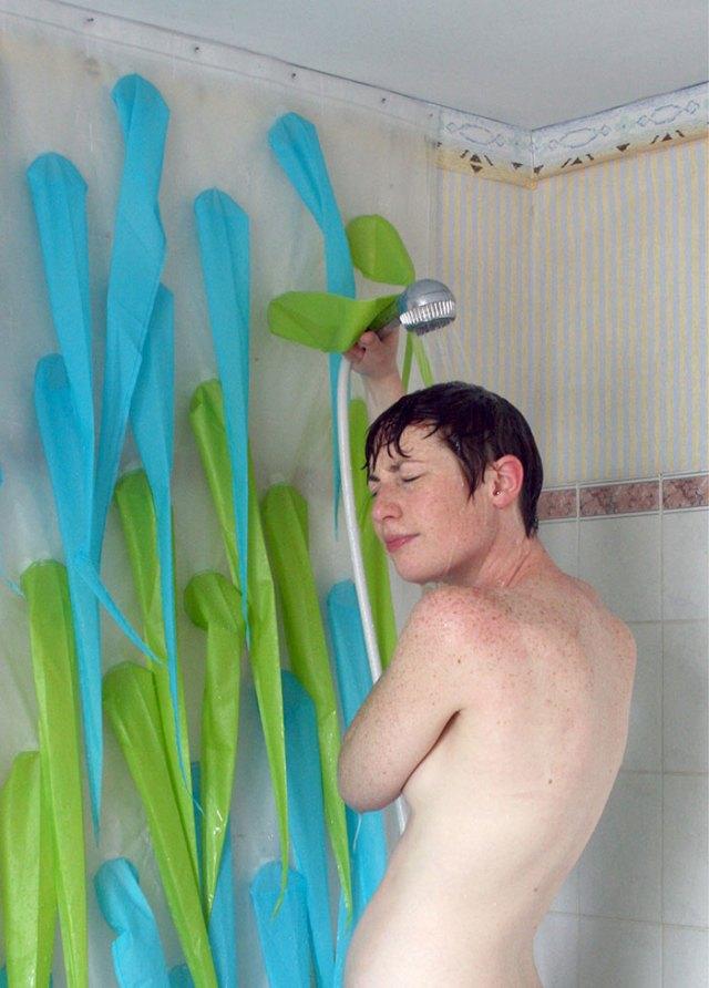 cortina-ducha-espinas-ahorrar-agua-elisabeth-buecher (2)