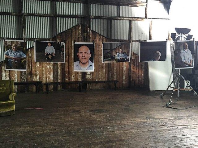 1-hombre-6-fotografos-retratos-trampa-canon-australia (6)
