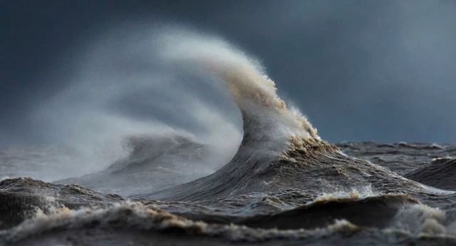 fotos-olas-lago-erie-dave-sandford-canada (1)